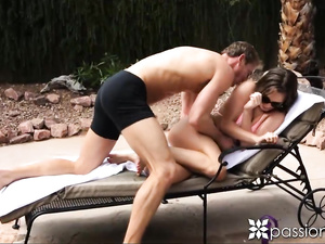 Lily Love riding hard piston outdoor