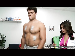 Slutty doctor gets hot from treating sexy handsome patient
