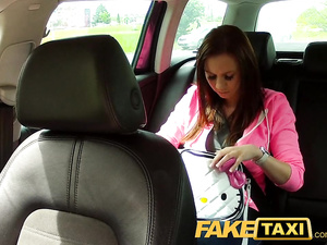 Juicy red haired babe got in taxi and fucked the driver