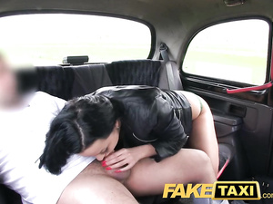 Fake cab driver Seduced hot young brunette to blowjob and hardcore anal fuck