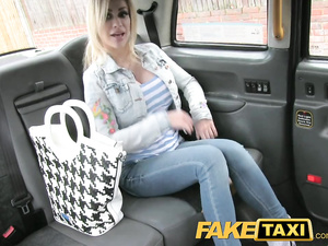 Skinny slender shaped blonde slut does tight blowjob to cab driver and fucks him