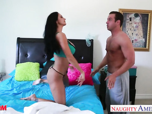 Brunette girl with big juicy boobs Ava Addams excitingly poses in front of boyfriend